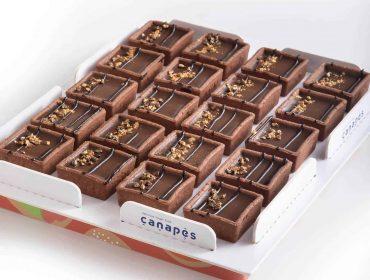 צילום של מגש קרמו שוקולד