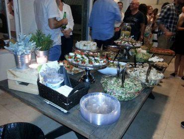 הזמנת מגשי אירוח למסיבת יום הולדת של ענבל, שוהם.