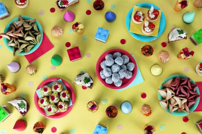 איך מתאימים בין כמות האוכל שמזמינים למספר הסועדים?