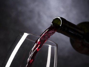 איך מתאימים יין לארוחה חלבית? המומחים שלנו עונים!